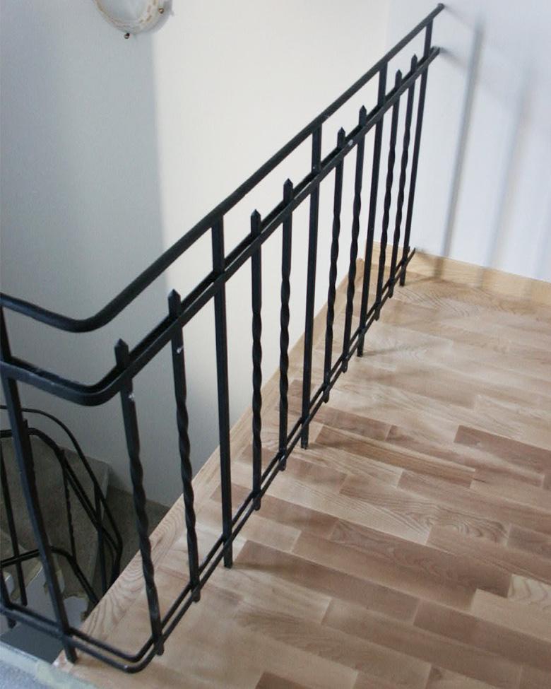 Balustrada simpla de fier forjat