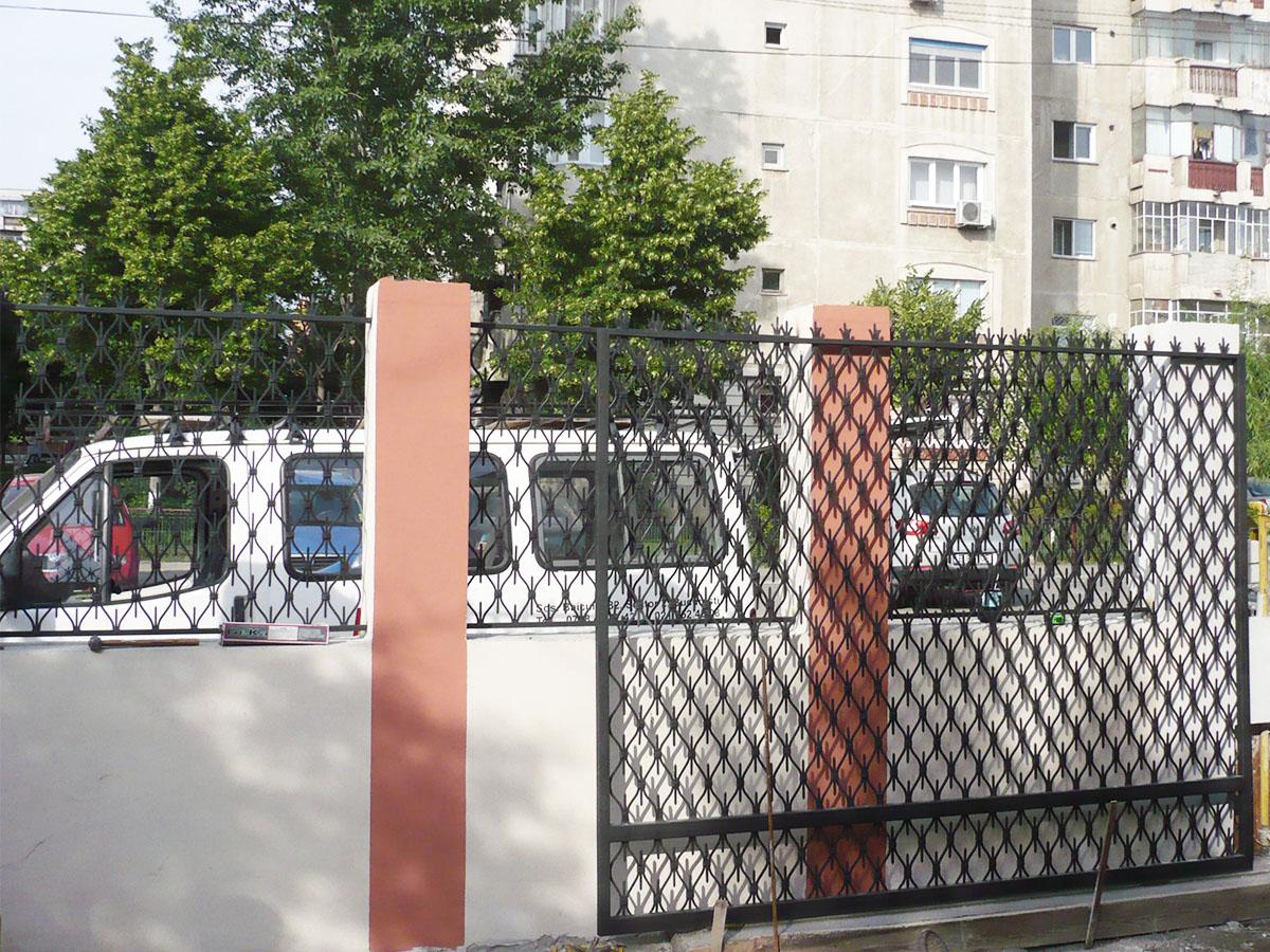 Gard fier forjat cu poarta fier forjat