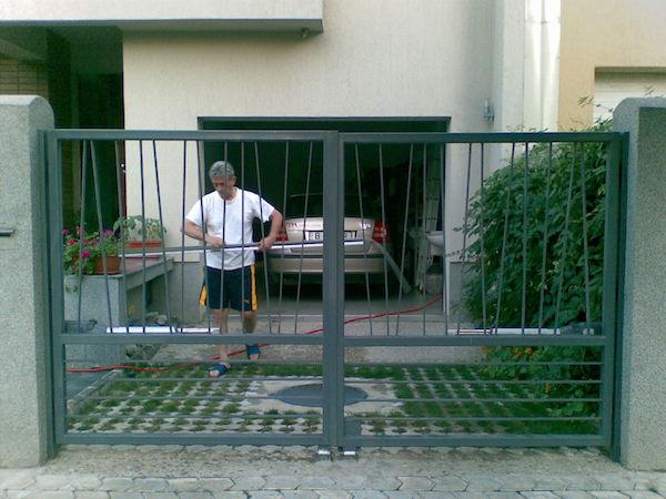 Gard si poarta din otel